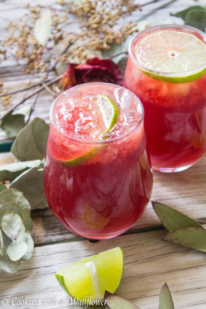 Sparkling Pomegranate Rosé Lemonade | Cooking with a Wallflower