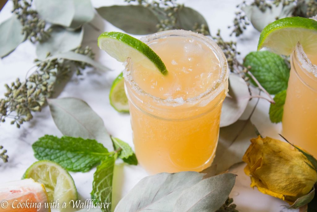 Grapefruit Paloma | Cooking with a Wallflower