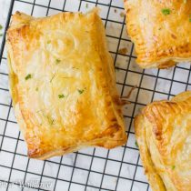 Sun-Dried Tomato Pesto Puff Pastries | Cooking with a Wallflower