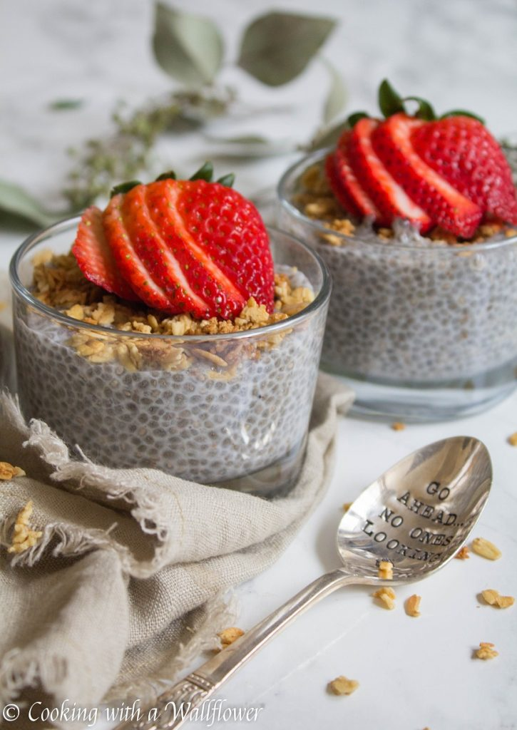 Cinnamon Spiced Overnight Chia Pudding | Cooking with a Wallflower