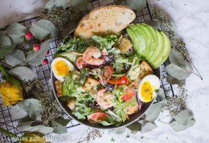 Garlic Shrimp Avocado Salad | Cooking with a Wallflower