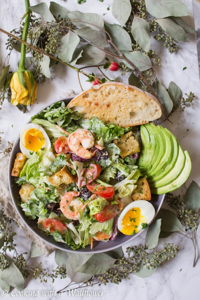 Garlic Shrimp Avocado Salad | Cooking with a Wallflower