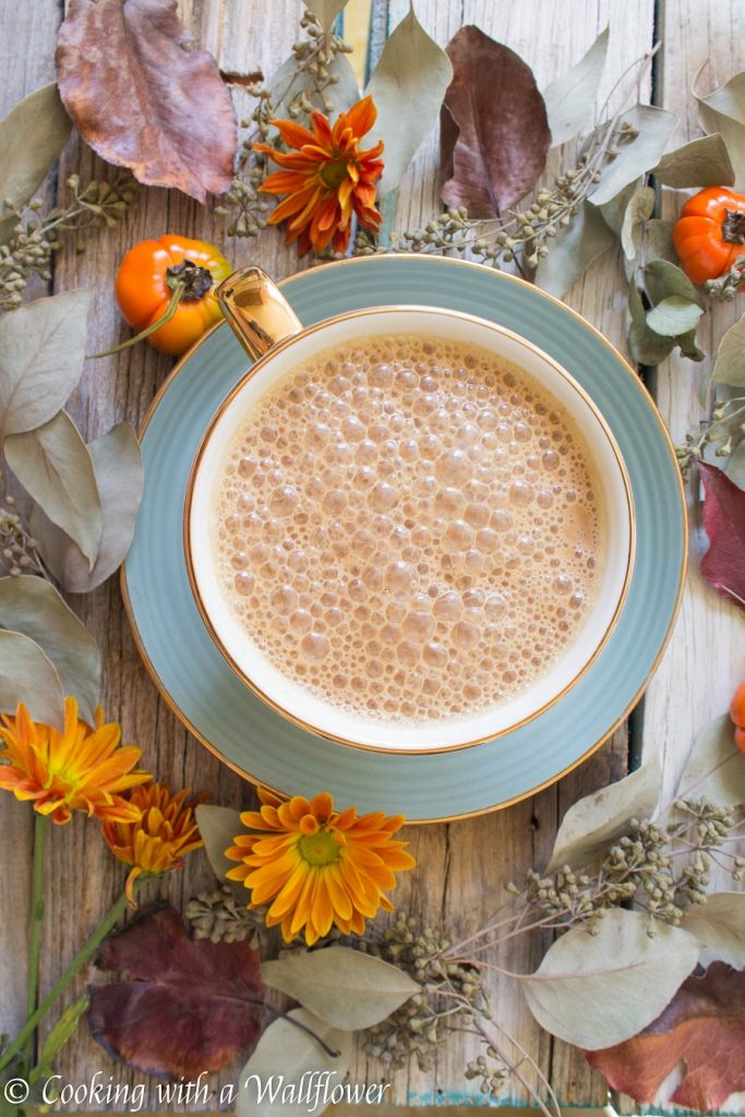 Pumpkin Chai Latte | Cooking with a Wallflower
