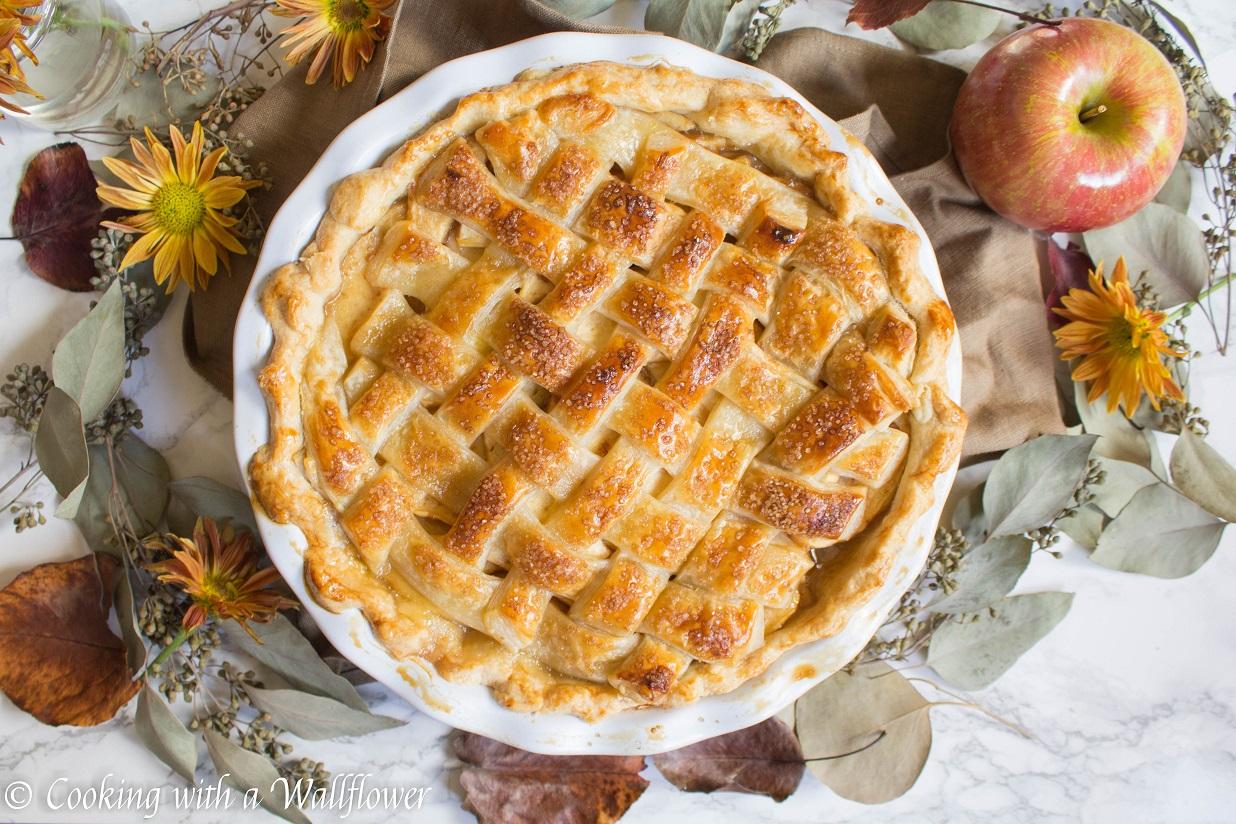 Maple Apple Pie + Giveaway