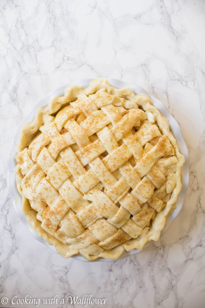 Maple Apple Pie | Cooking with a Wallflower