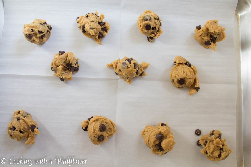 Peanut Butter Chocolate Chip Cookies | Cooking with a Wallflower