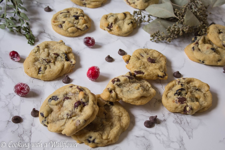 Cranberry Chocolate Chip Cookies | Cooking with a Wallflower