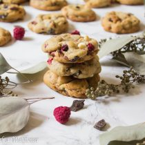 Raspberry Chocolate Chip Cookies | Cooking with a Wallflower