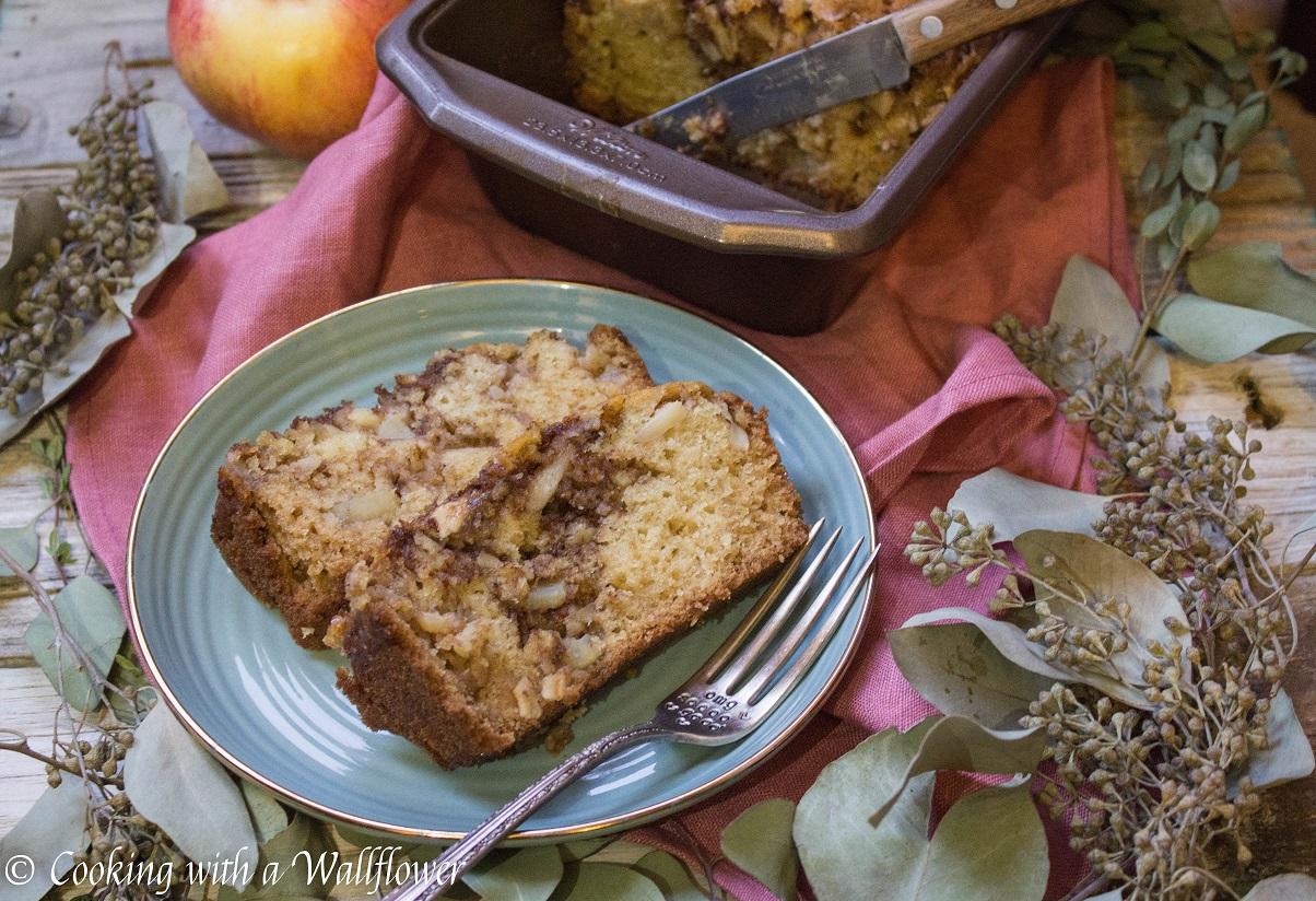 Chai Spiced Apple Loaf Cake