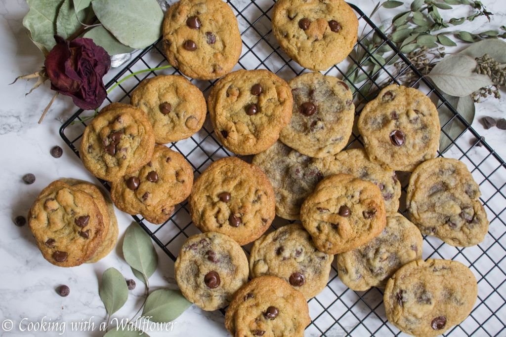 Irish Cream Chocolate Chip Cookies | Cooking with a Wallflower
