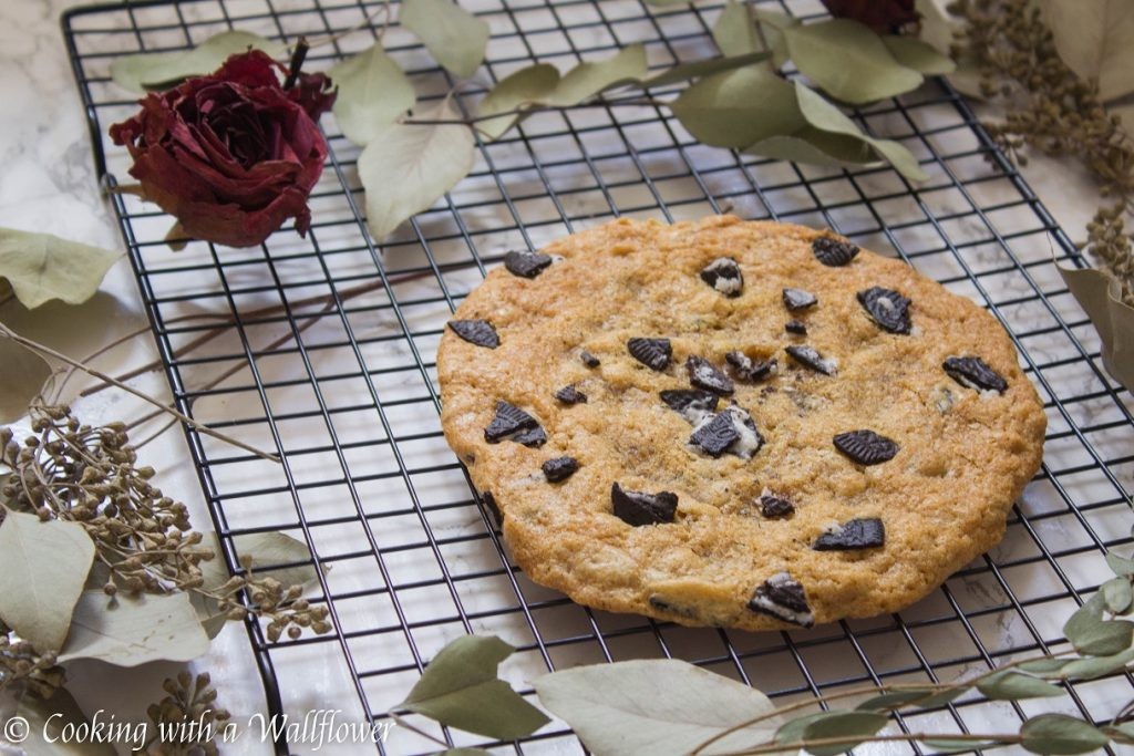 Giant Cookies and Cream Cookies | Cooking with a Wallflower