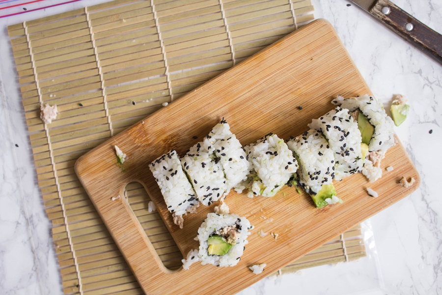 California Style Tuna Rolls   Cooking with a Wallflower