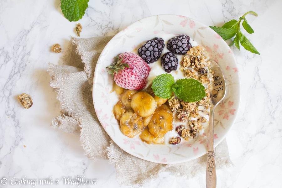 Caramelized Banana Honey Greek Yogurt Bowl | Cooking with a Wallflower