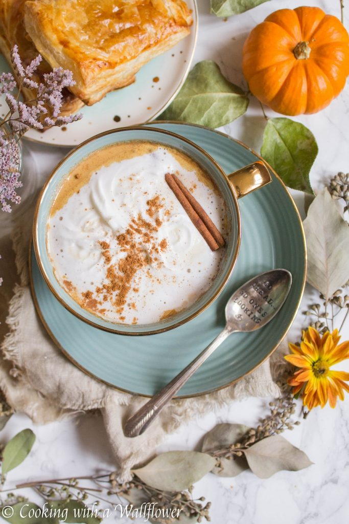 Dirty Pumpkin Chai Oatmeal Latte | Cooking with a Wallflower