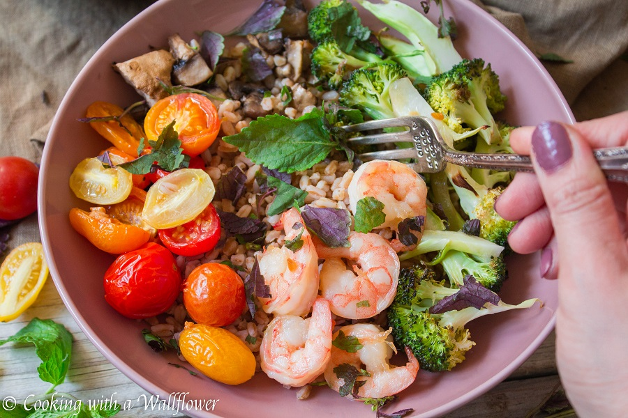 Honey Garlic Shrimp Farro Bowl with Maple Balsamic Vinaigrette | Cooking with a Wallflower