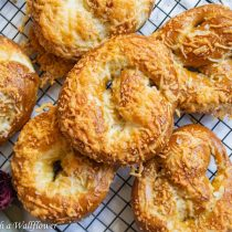 Parmesan Soft Pretzels | Cooking with a Wallflower