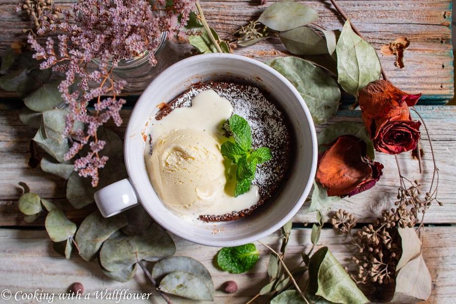 5 Minute Fudgy Chocolate Mug Cake | Cooking with a Wallflower