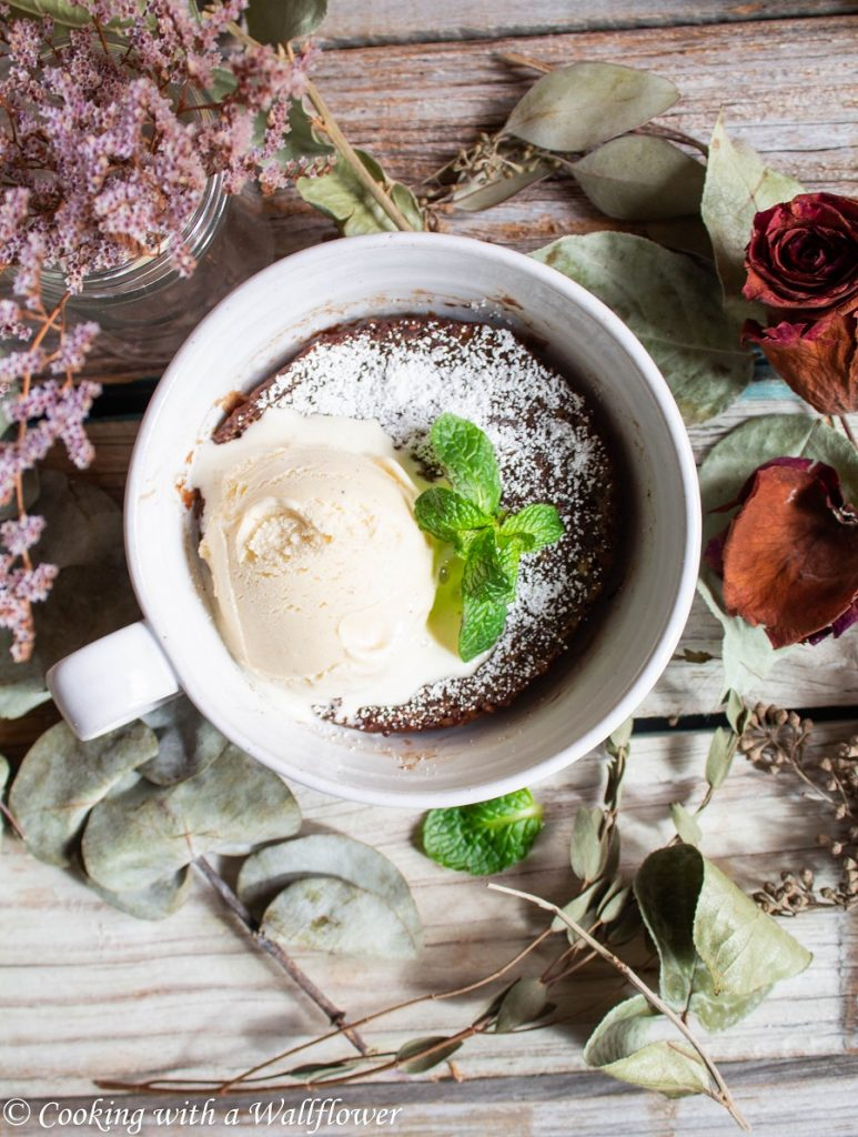 5 Minute Chocolate Mug Cake | Cooking with a Wallflower