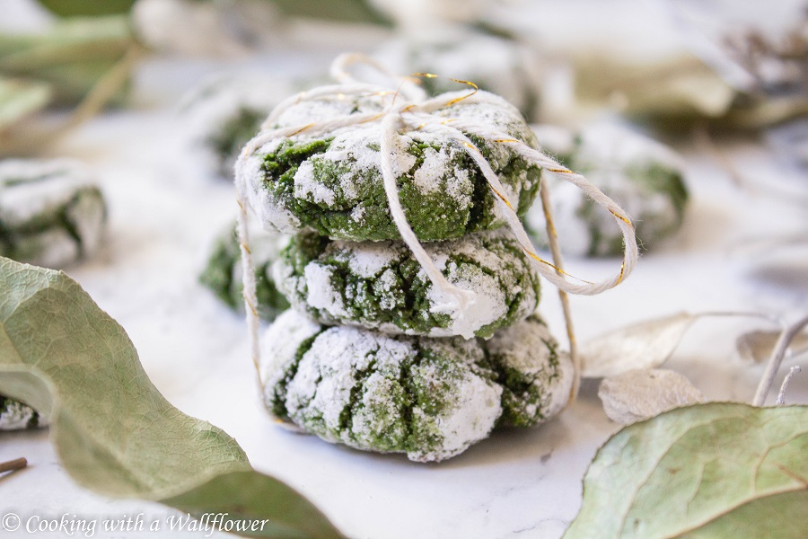 Matcha Crinkle Cookies | Cooking with a Wallflower
