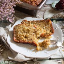 Banana Macadamia Nut Bread | Cooking with a Wallflower