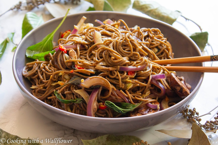 Soba Noodle Vegetable Stir Fry | Cooking with a Wallflower