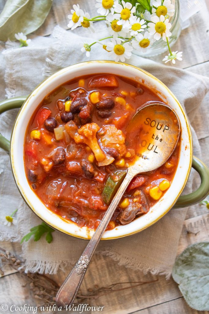 Farmer's Market Summer Chili | Cooking with a Wallflower